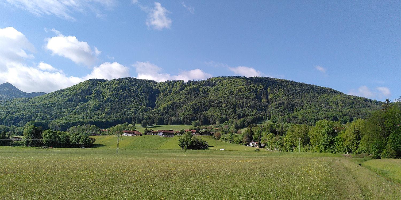 Grundstück aus der Ferne betrachtet